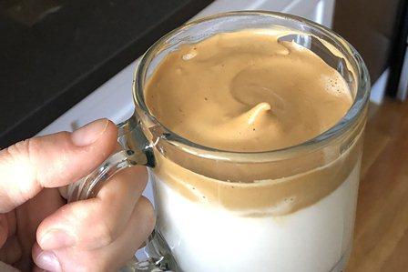 Gambar Dalgona Coffee Blender