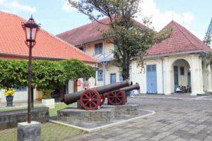 Museum Benteng Vredeburg | Bangunan Sejarah Peninggalan Belanda Tahun 1765