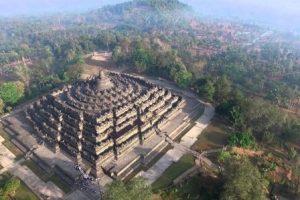 Harga Tiket Masuk Candi Borobudur 2020 | Candi Budha Terbesar di Indonesia