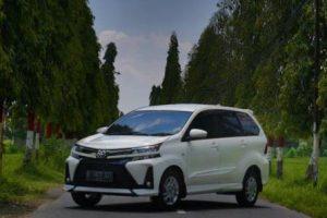 Sewa Mobil dari Jogja ke Bekasi | Paket Termasuk Sopir, BBM & Tol