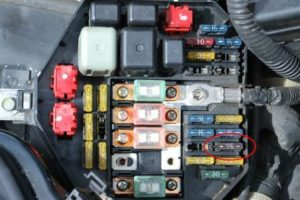 Cara Reset ECU Mobil, Perbaikan ECU (Engine Control Unit) Pada Mobil
